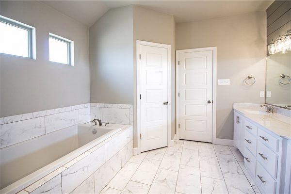 David Rogers Homes -Bathroom 1