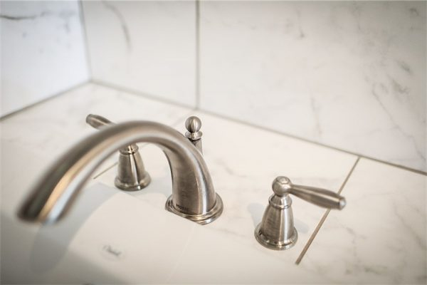 David Rogers Homes -Bathroom Faucet